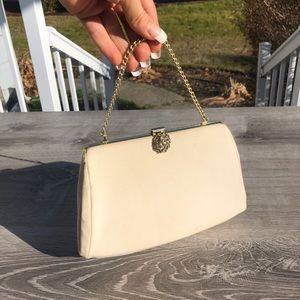 Hand bag purse tote appears vintage